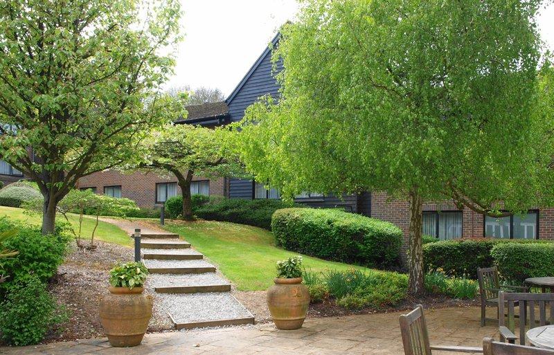 Holiday Inn Maidstone - Sevenoaks-Guest Patio<br/>Image from Leonardo