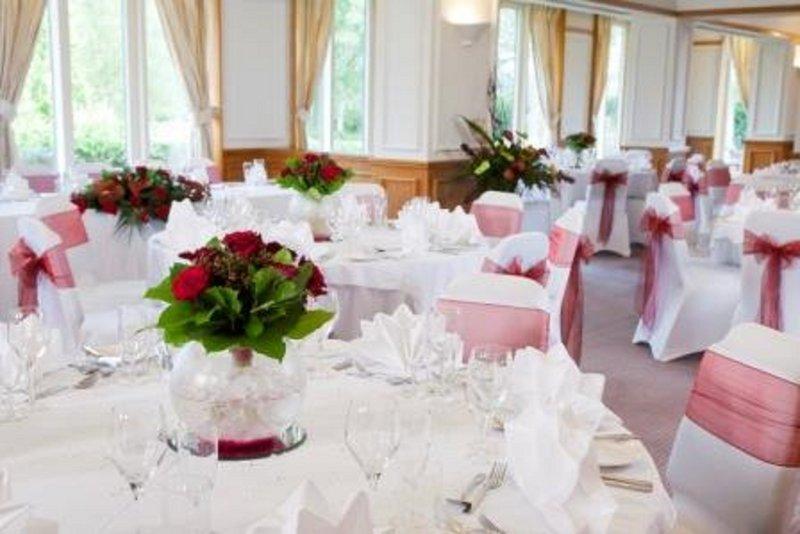 Holiday Inn Maidstone - Sevenoaks-Restaurant Wedding set up<br/>Image from Leonardo