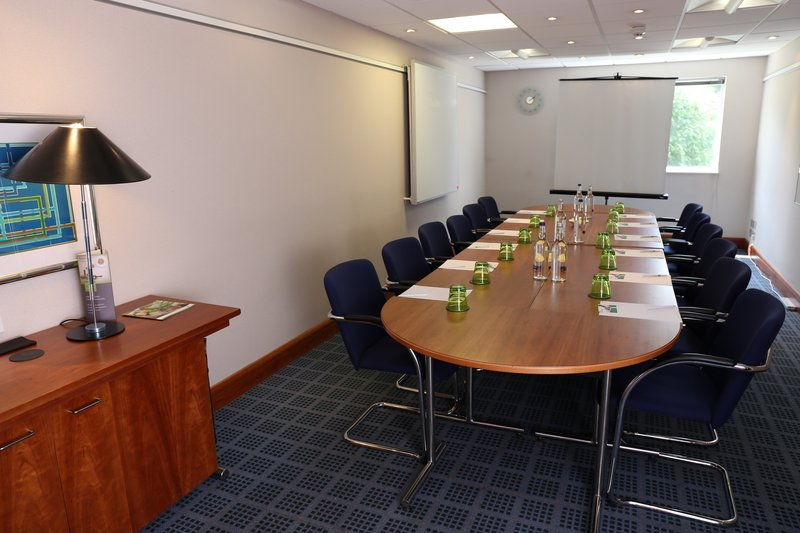 Holiday Inn Maidstone - Sevenoaks-Boardroom<br/>Image from Leonardo