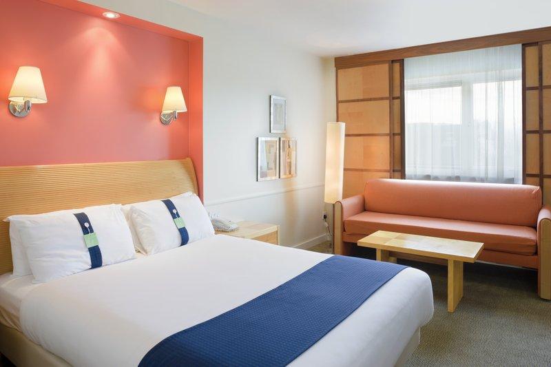 Holiday Inn Maidstone - Sevenoaks-Executive Room<br/>Image from Leonardo