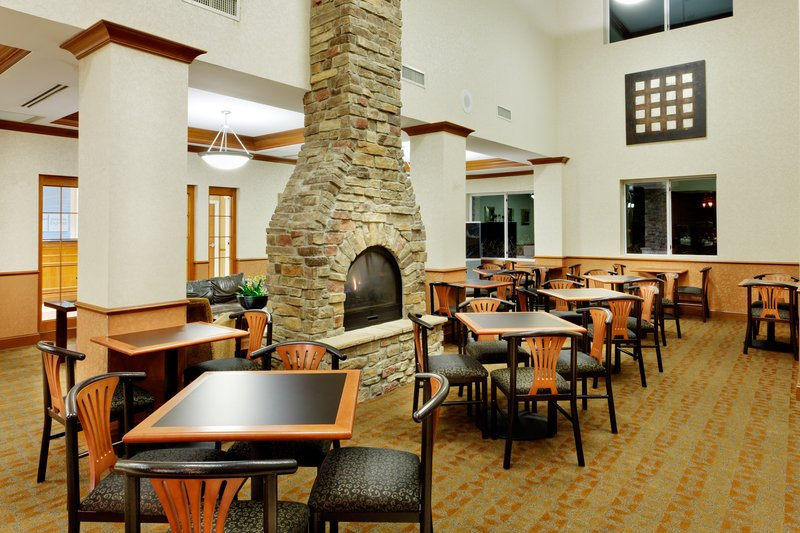 Holiday Inn Express & Suites Long Island-East End-Holiday Inn Express East End, Riverhead, NY - Breakfast Area<br/>Image from Leonardo