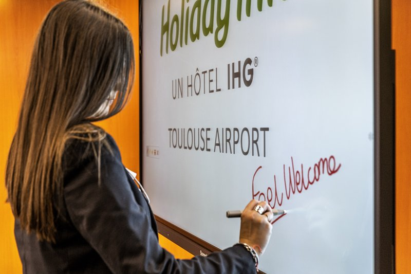Holiday Inn Toulouse Airport-Meeting Room<br/>Image from Leonardo
