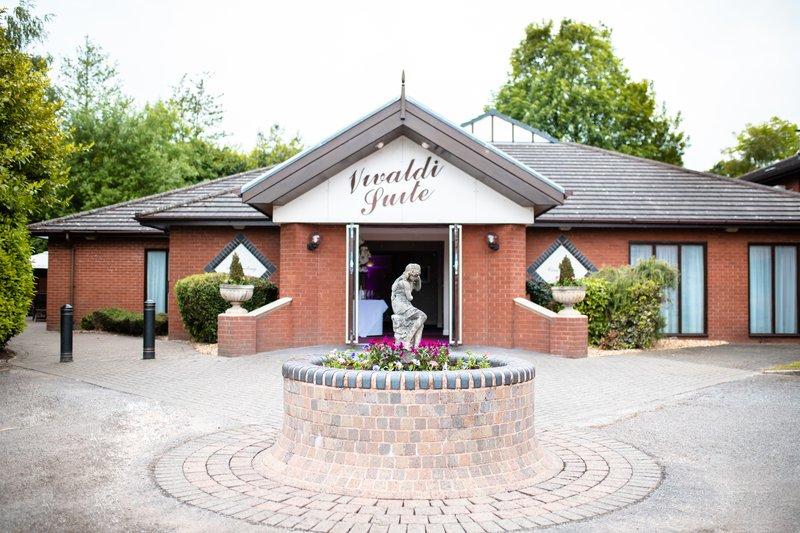 Holiday Inn A55 Chester West-Vivaldi Entrance<br/>Image from Leonardo