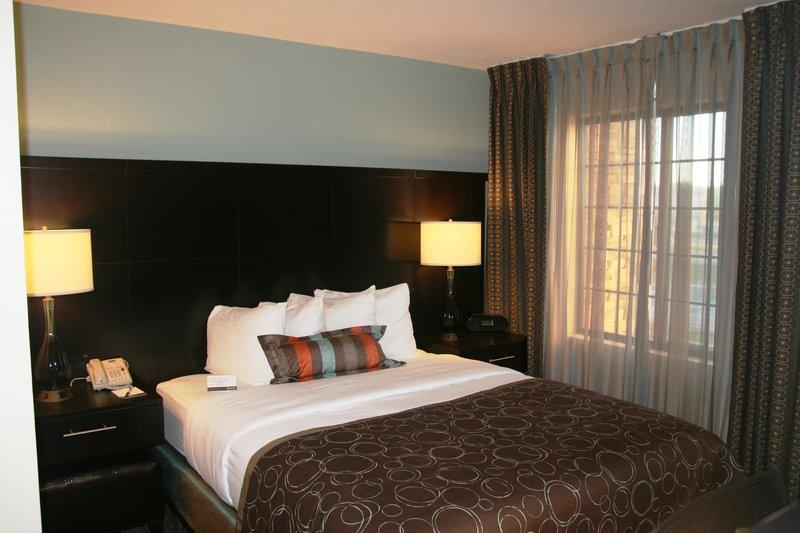Staybridge Suites Tulsa - Woodland Hills-Two Bedroom Suite with 3 Queen Beds<br/>Image from Leonardo