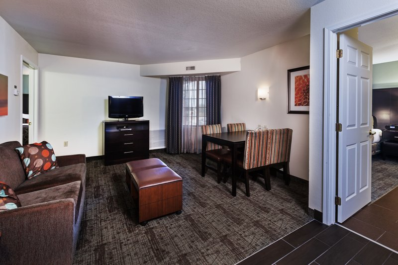 Staybridge Suites Tulsa - Woodland Hills-Deluxe Room<br/>Image from Leonardo