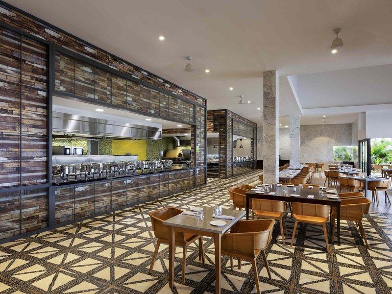 Pullman Nadi Bay Resort and Spa-Restaurant<br/>Image from Leonardo