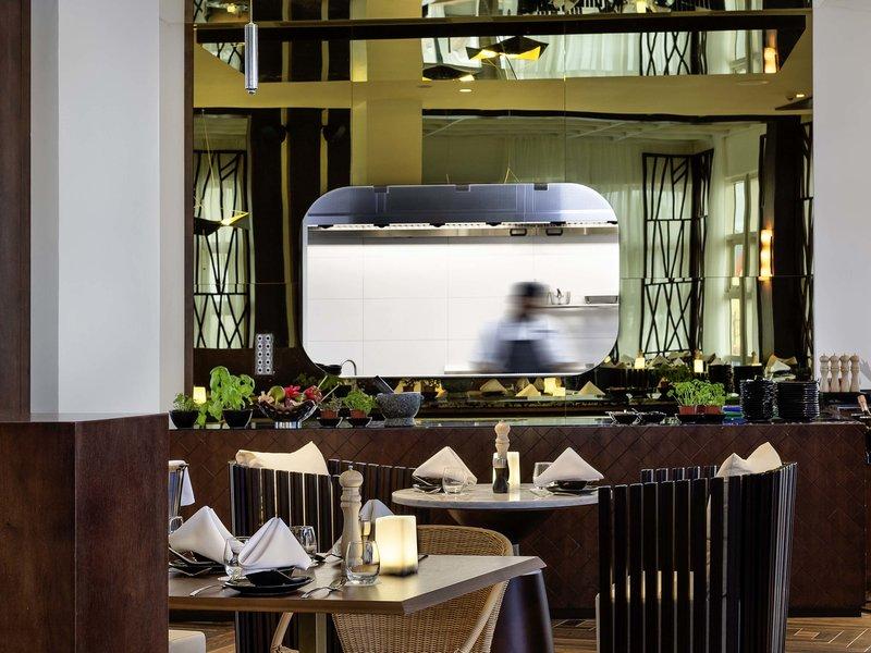 Pullman Nadi Bay Resort and Spa-Bar/Lounge<br/>Image from Leonardo