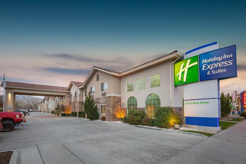 Holiday Inn Express & Suites Bishop-Hotel Exterior <br/>Image from Leonardo