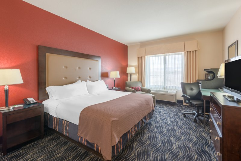 Holiday Inn Hotel & Suites Grand Junction-Airport-Traveling for business in Western Colorado stay productive<br/>Image from Leonardo