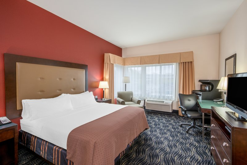 Holiday Inn Hotel & Suites Grand Junction-Airport-Great views from this room of Colorado National Monument<br/>Image from Leonardo