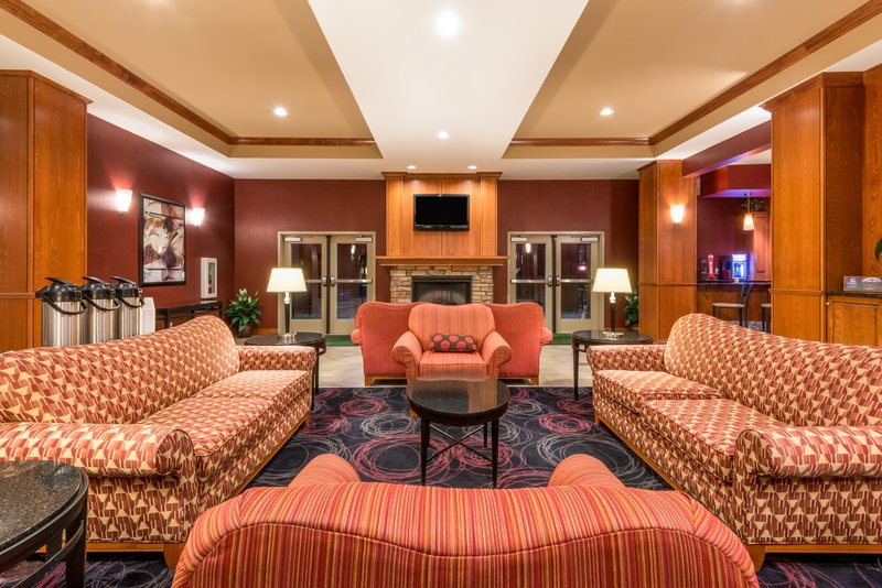 Holiday Inn Hotel & Suites Grand Junction-Airport-Our spacious hotel is perfect for you next company retreat<br/>Image from Leonardo