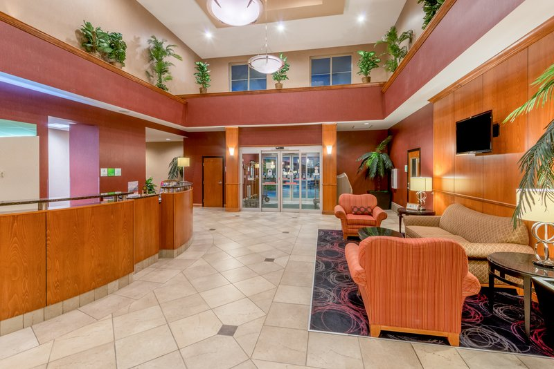 Holiday Inn Hotel & Suites Grand Junction-Airport-Located just off I-70 in Colorado's Wine Country<br/>Image from Leonardo