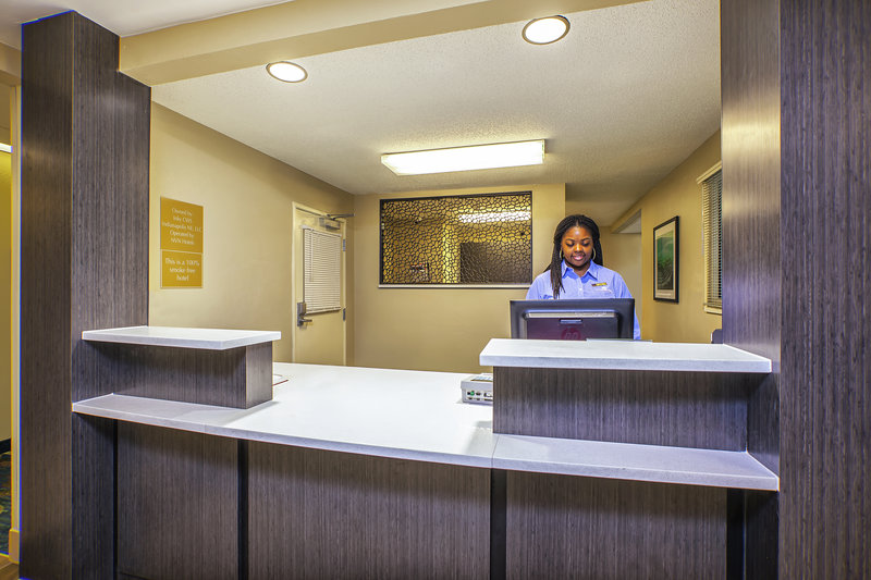 Candlewood Suites Indianapolis-Front Desk<br/>Image from Leonardo