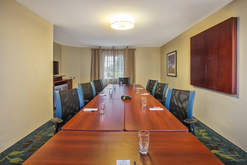 Candlewood Suites Indianapolis-Meeting Room<br/>Image from Leonardo