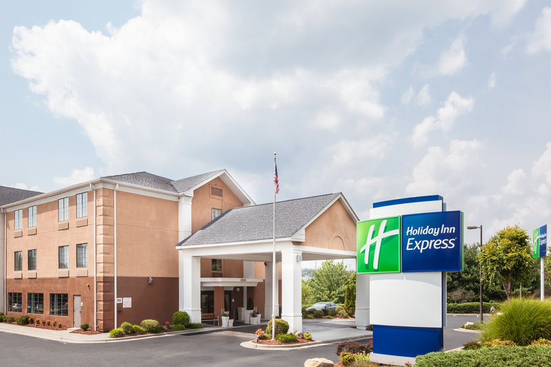 Holiday Inn Express Winston-Salem-Hotel is located off I-40 2.1 miles from Downtown Winston-Salem<br/>Image from Leonardo