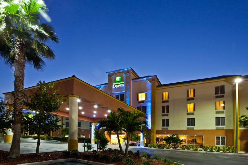 Holiday Inn Express & Suites Cocoa Beach-Hotel Exterior<br/>Image from Leonardo