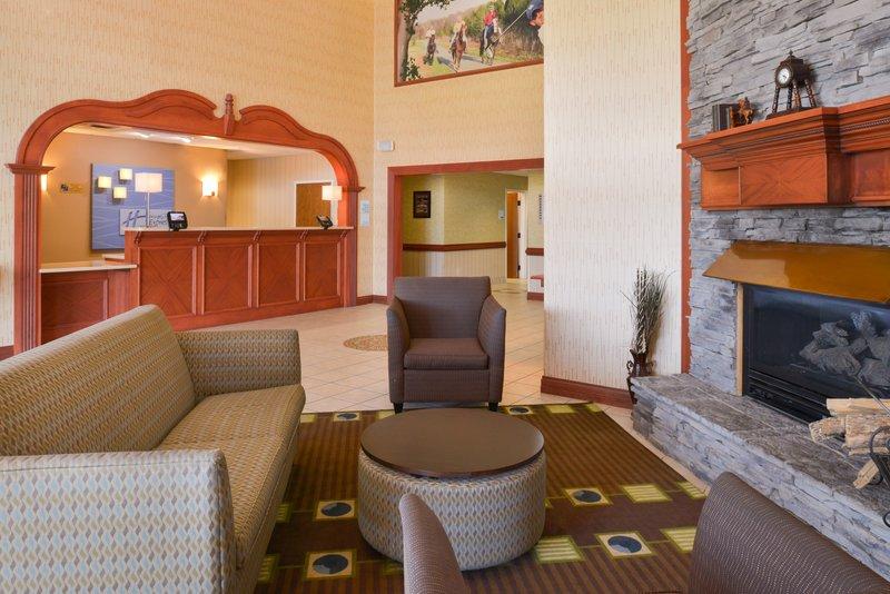 Holiday Inn Express Campbellsville-Hotel Lobby<br/>Image from Leonardo