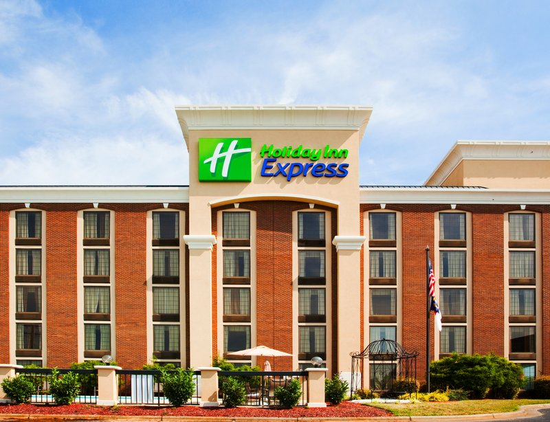 Holiday Inn Express Winston-Salem Downtown West-Apealing landscaped lawn<br/>Image from Leonardo