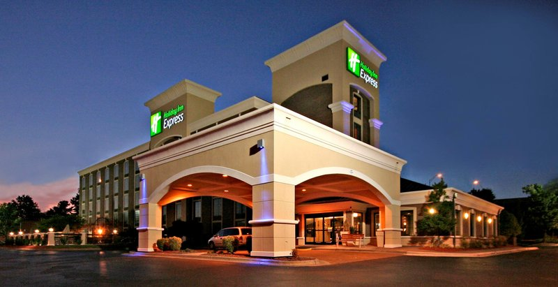 Holiday Inn Express Winston-Salem Downtown West-Exterior Feature<br/>Image from Leonardo