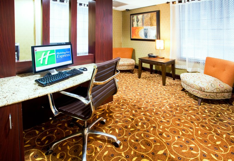 Holiday Inn Express Winston-Salem Downtown West-Business Center<br/>Image from Leonardo