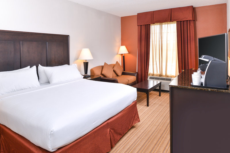 Holiday Inn Express Winston-Salem Downtown West-Guest Room<br/>Image from Leonardo