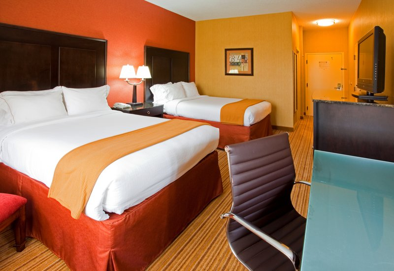Holiday Inn Express Winston-Salem Downtown West-Holiday Inn Express Downtown West 2 Queen Bed accomodations<br/>Image from Leonardo