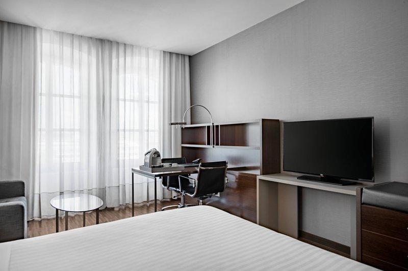 AC Hotel Torino-Standard Plus King Room<br/>Image from Leonardo