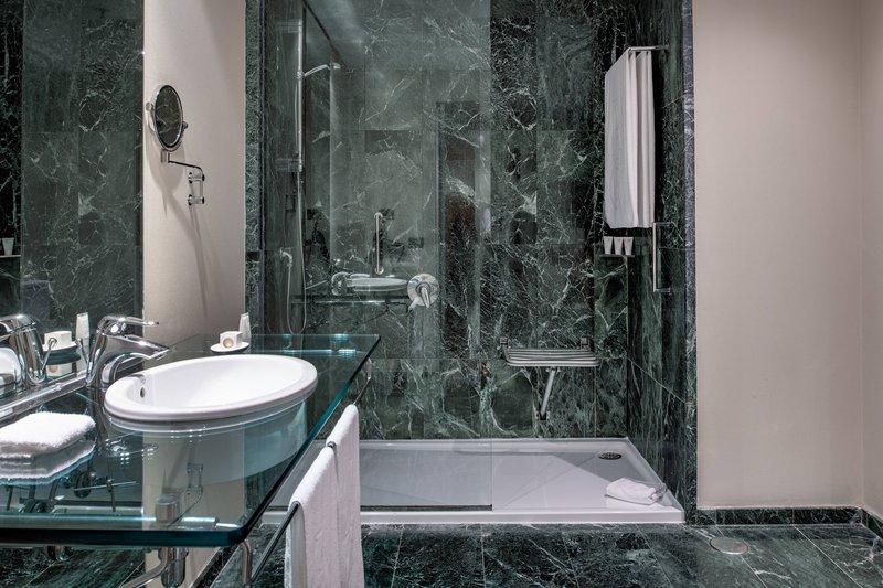 AC Hotel Ciutat de Palma-Accessible Bathroom<br/>Image from Leonardo