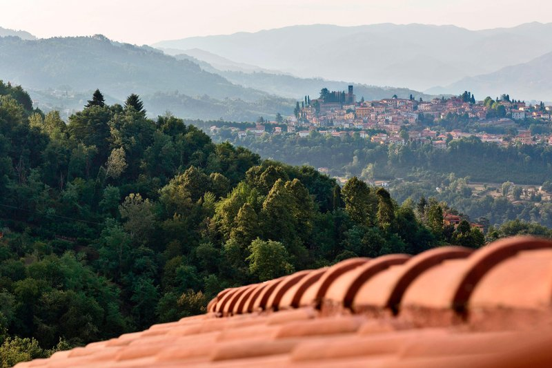 Renaissance Tuscany Il Ciocco Resort And Spa-Guest Room - Serchio Valley View<br/>Image from Leonardo