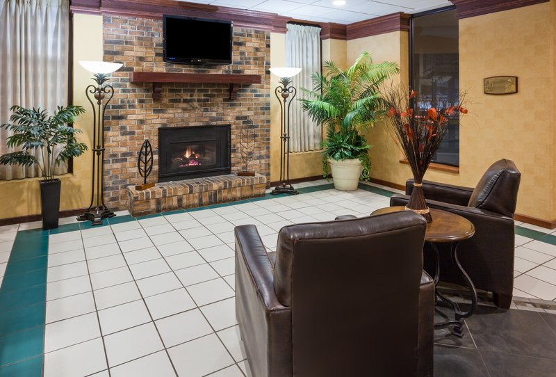 Holiday Inn Fairmont-Hotel Lobby<br/>Image from Leonardo