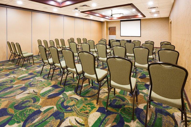 Holiday Inn Fairmont-Conference Room<br/>Image from Leonardo