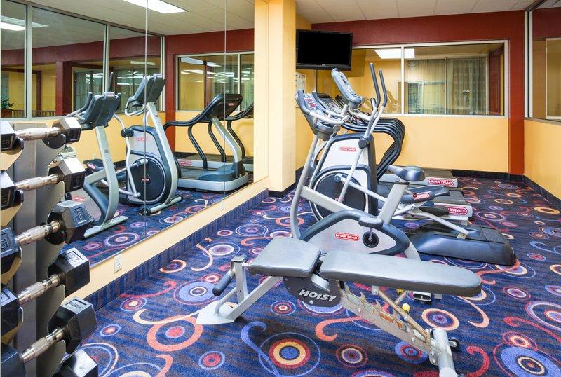 Holiday Inn Fairmont-Fitness Center<br/>Image from Leonardo