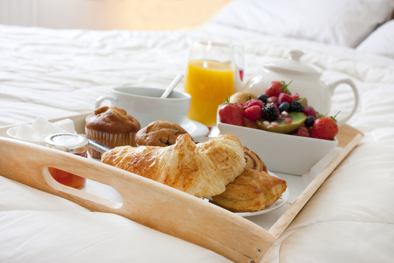 Holiday Inn Fairmont-Room Service<br/>Image from Leonardo
