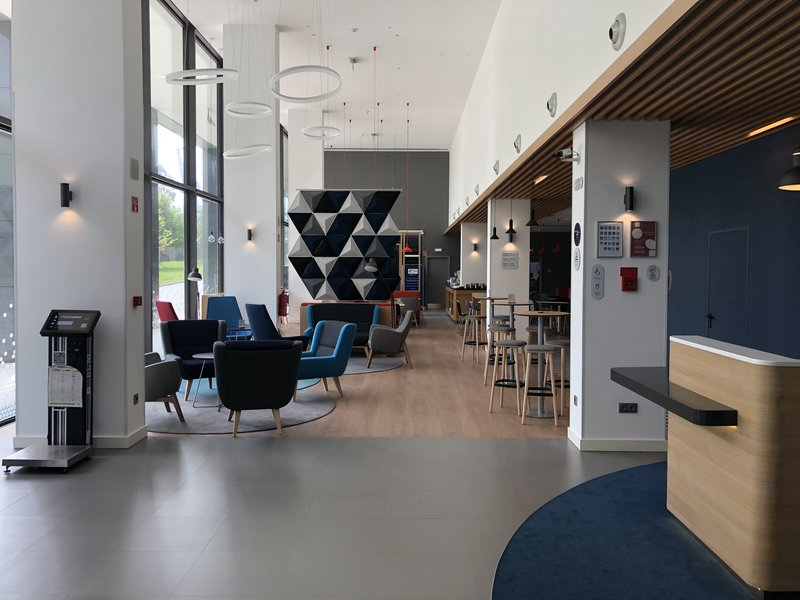 Holiday Inn Express Porto - Exponor-Welcome to our lobby Gen IV<br/>Image from Leonardo