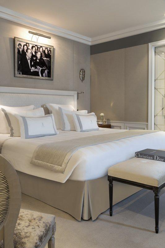 Hotel Barriere Le Majestic-Suite DIORChambre<br/>Image from Leonardo