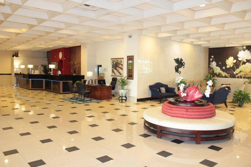 Jamaica Pegasus-Lobby<br/>Image from Leonardo