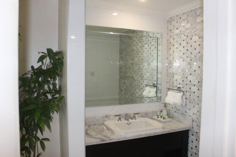 Jamaica Pegasus-Princess Royale Suite Bathroom<br/>Image from Leonardo