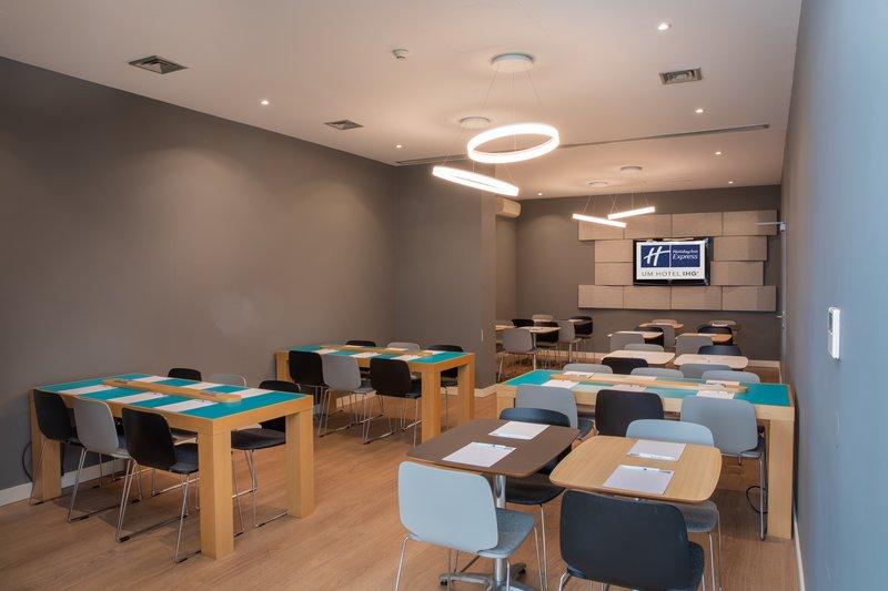 Holiday Inn Express Porto - Exponor-Meeting Room<br/>Image from Leonardo