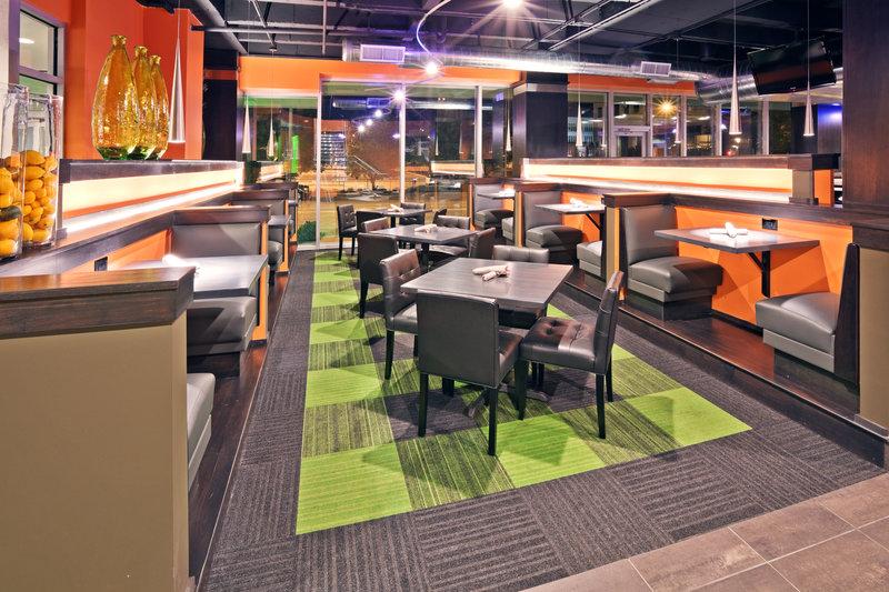 Holiday Inn Tulsa City Center-The Boulder Grill<br/>Image from Leonardo