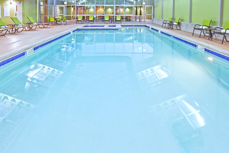Holiday Inn Tulsa City Center-Swimming Pool<br/>Image from Leonardo