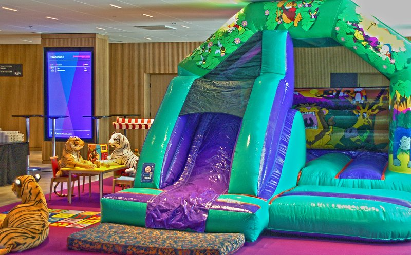 Holiday Inn Helsinki - Exhibition & Convention Centre-Kids bouncy castle is found at the 2nd floor during summer period<br/>Image from Leonardo