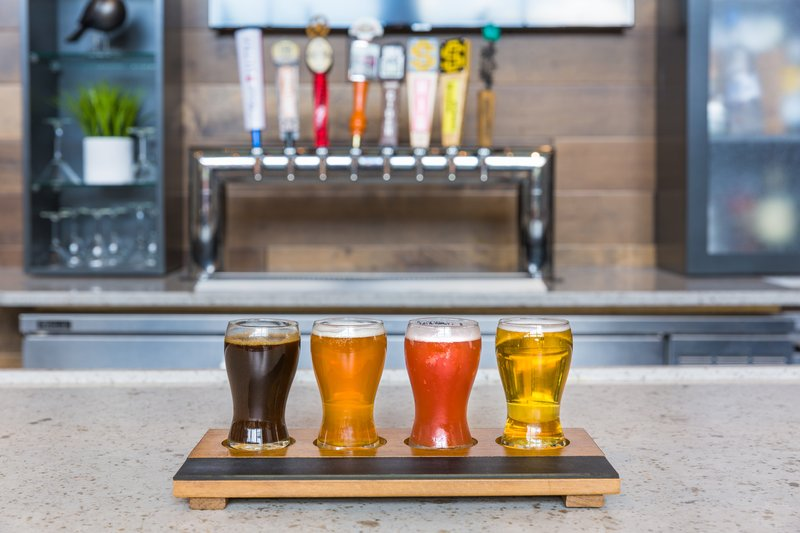 Holiday Inn Roanoke - Valley View-Beverage Selection <br/>Image from Leonardo