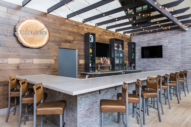Holiday Inn Roanoke - Valley View-Bar and Lounge <br/>Image from Leonardo