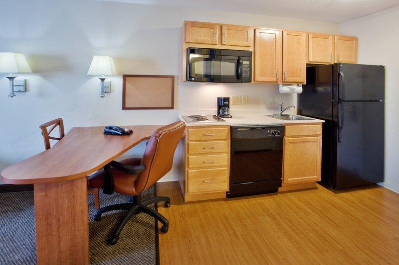 Candlewood Suites Savannah Airport-Standard Suite<br/>Image from Leonardo