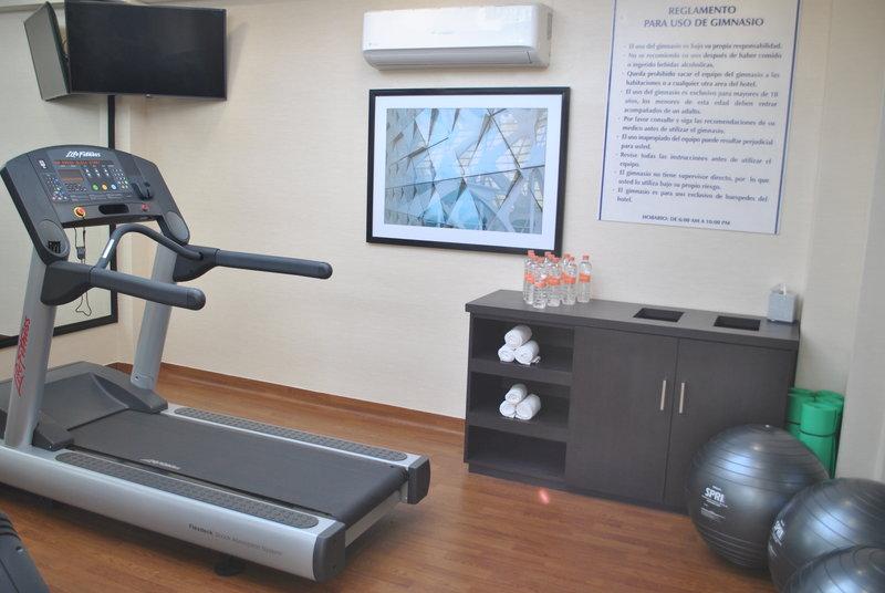 Holiday Inn Express Toluca-Gym<br/>Image from Leonardo