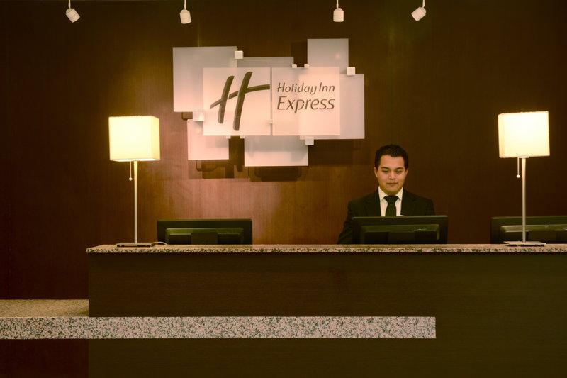 Holiday Inn Express Toluca-Reception<br/>Image from Leonardo