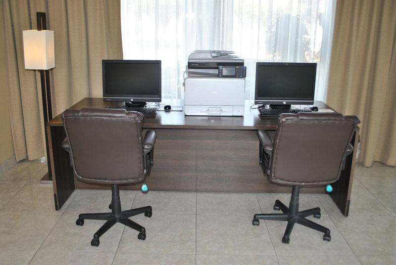 Holiday Inn Express Toluca-Business Center<br/>Image from Leonardo