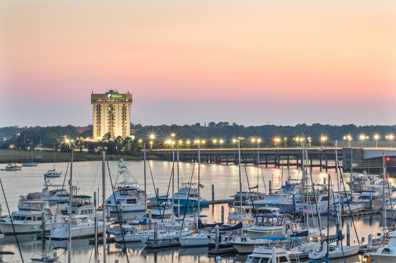 Holiday Inn Charleston-Riverview-View from the Ashley River<br/>Image from Leonardo