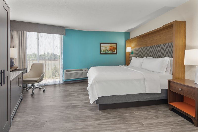 Holiday Inn Charleston-Riverview-Guest Room <br/>Image from Leonardo