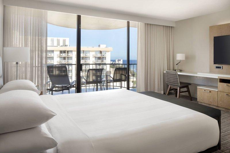 Waikiki Beach Marriott Resort  - Kealohilani Tower King Premium Ocean View Room <br/>Image from Leonardo